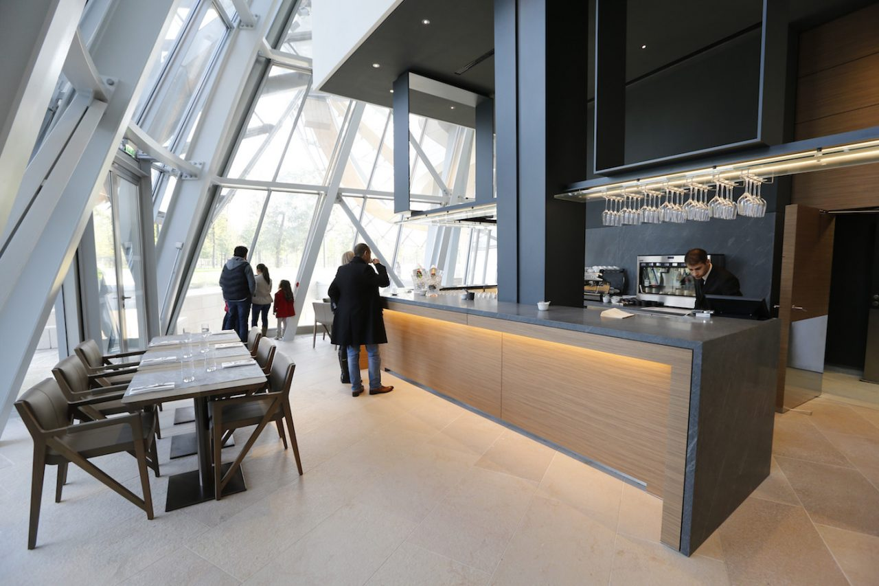 restaurant fondation louis vuitton - saga
