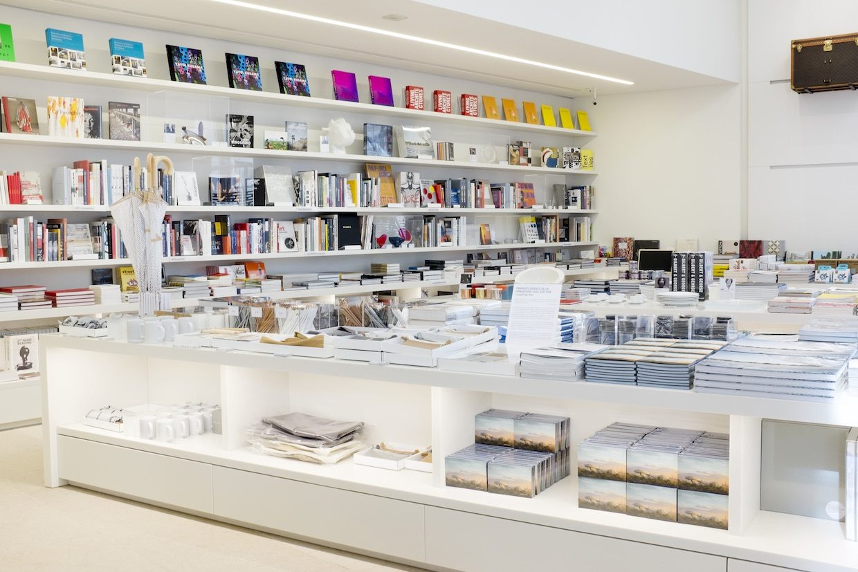 fondation louis vuitton - librairie - saga